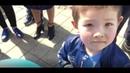 Полицейские задержали маленьких детей за голубые шары/ БАСЕ