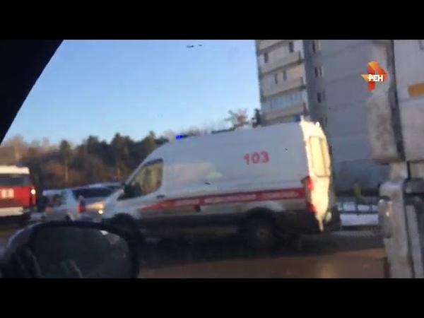Первое видео с места ДТП с автобусом и грузовиком в Москве, пострадали 10 человек