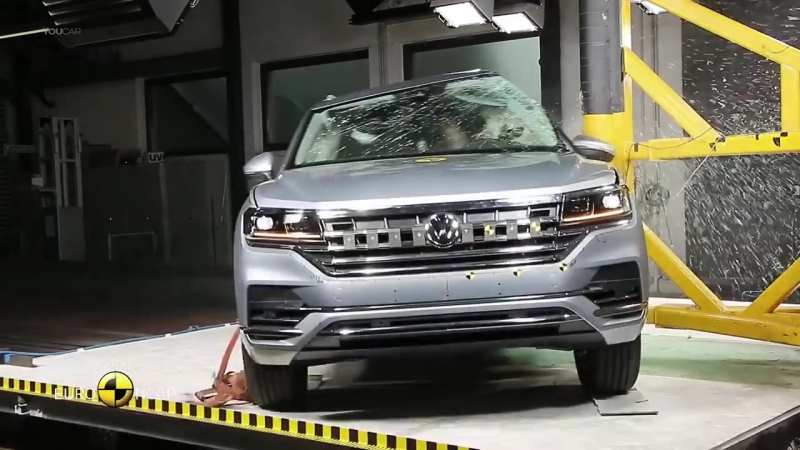 Volkswagen Touareg (2019) Really Safe SUV