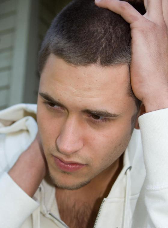 Депрессия и стресс могут влиять на способность мужчины выполнять сексуальные функции.