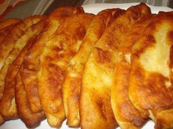 Тонкие пирожки с картошкой Вот такие пирожки любят