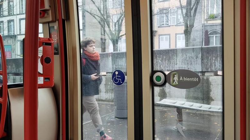 Франция удобства для инвалидов .