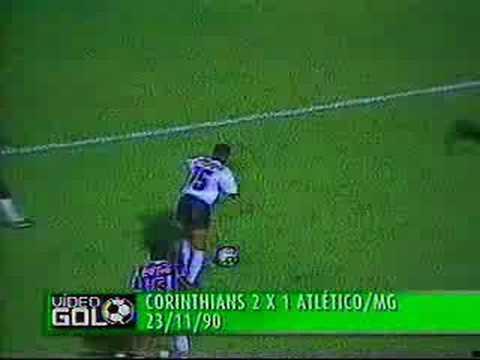Oscar Ulisses - Gol de empate Neto ( Quartas de final 1990 )