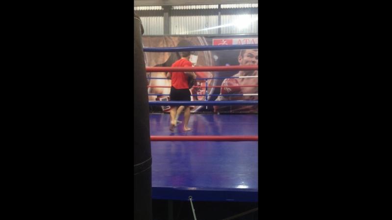 Я и Дмитрий Чудинов боксуем часть 2
