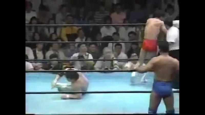 Jun Akiyama-Mitsuharu Misawa-Satoru Asako vs. Akira Taue-Kentaro Shiga-Yoshinari Ogawa (JIP) 17.05.1996