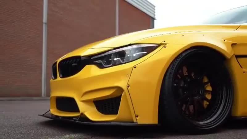 BMW M4 CS F82