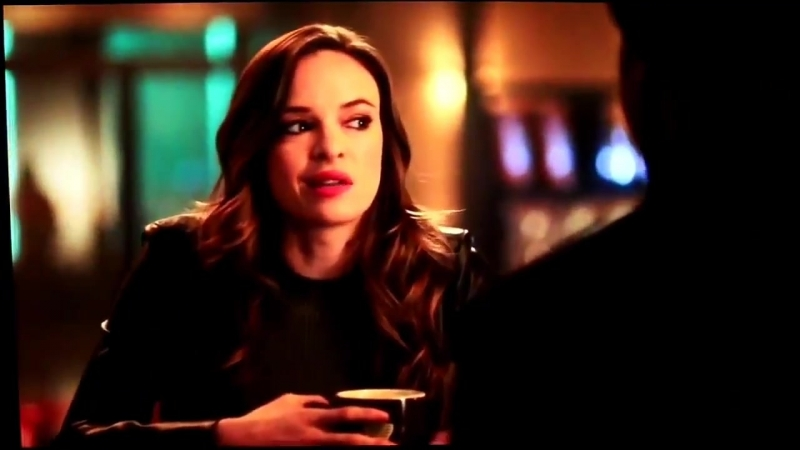Danielles bloopers are so damn cute - daniellepanabaker savifrost theflash snowbarry caitlinsnow