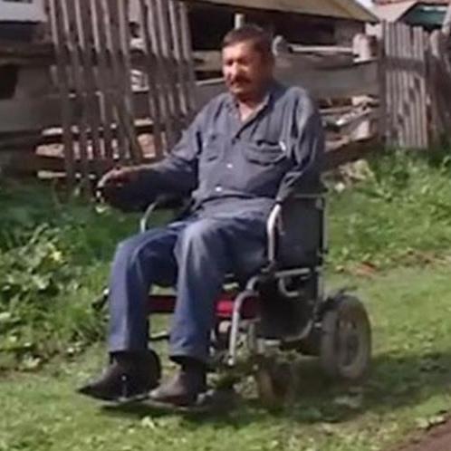 В Башкирии инвалида с одной рукой и без ног оштрафовали за нескошенную траву в огороде