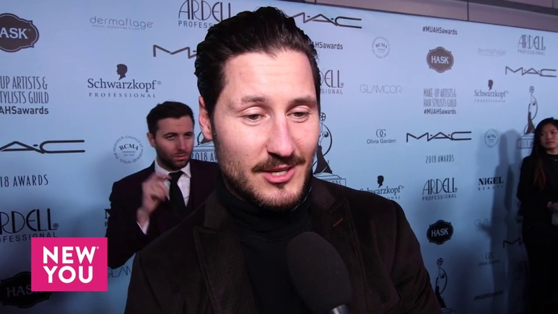 Val Chmerkovskiy Talks to Ashley Hume at the 2018 Make Up Artists Hair Stylists Guild Awards