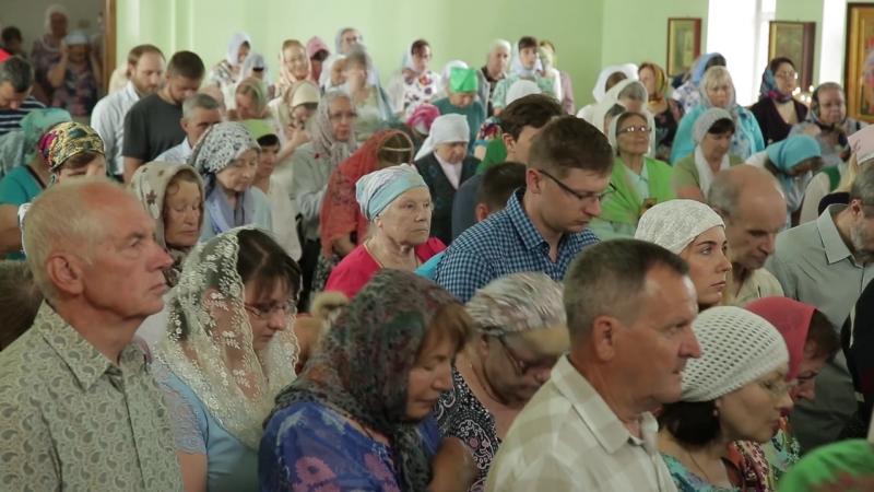 Митрополит Никодим совершил литургию в храме преподобного Сергия Радонежского г. Челябинска