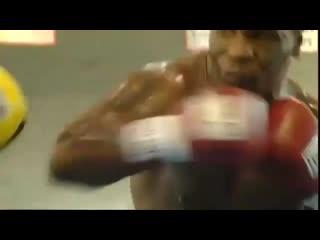 Mike Tyson - Training Boxing