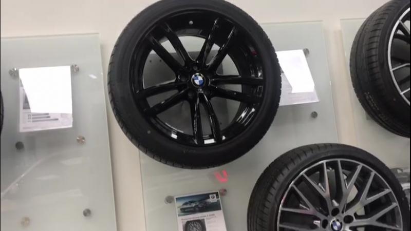 колёса BMW в сборе диски с зимними шинами