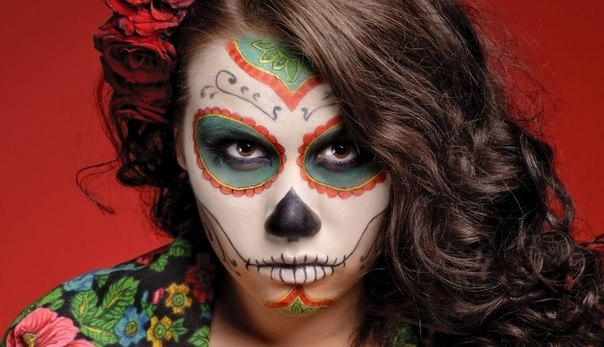 Halloween makeup skull