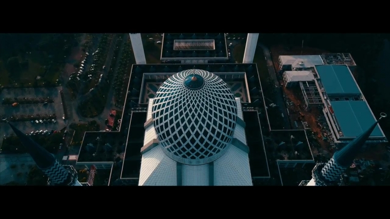 Dji phantom 4 pro - Aerial view of Sultan Salahuddin Abdul Aziz Mosque
