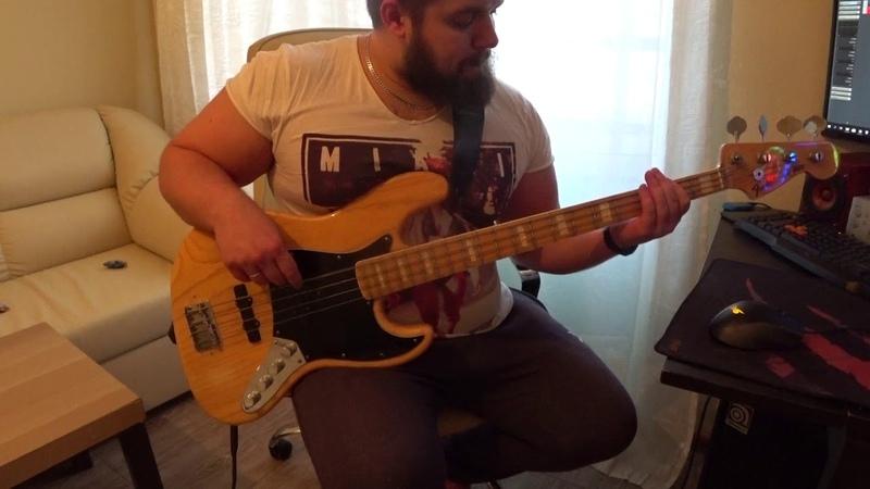 Arctic monkeys - Fluorescent Adolescent (Bass solo cover)