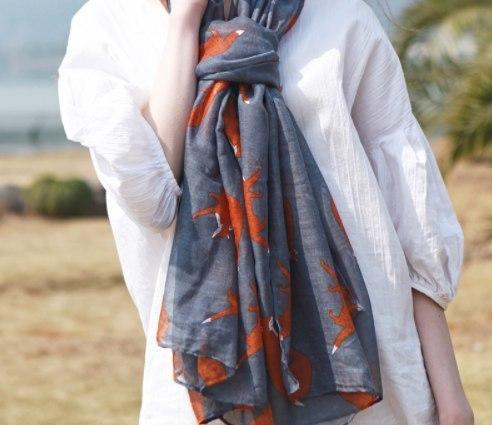 Красивые шарфы с лисами -