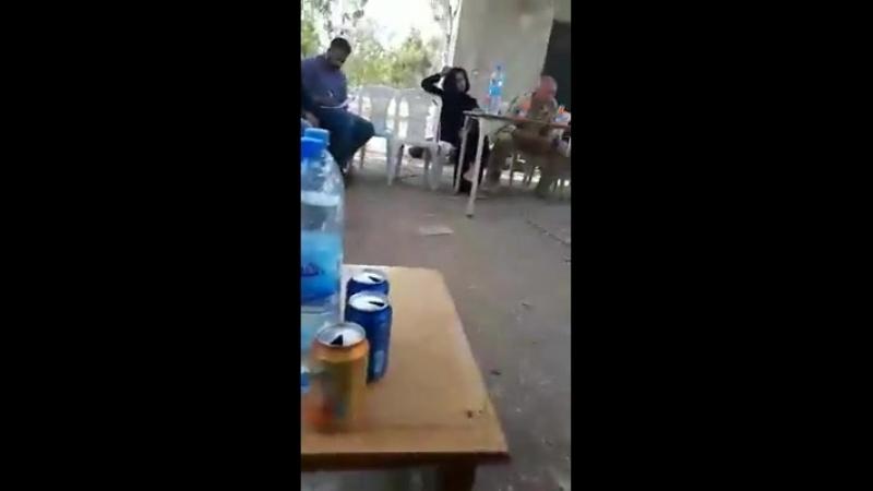 Видео переговоров российского офицера и сирийских повстанцев по поводу выхода из Растанского котла