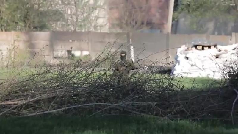 Славянск.24 апреля,2014.Блок-пост ополчения перед штурмом ВСУ