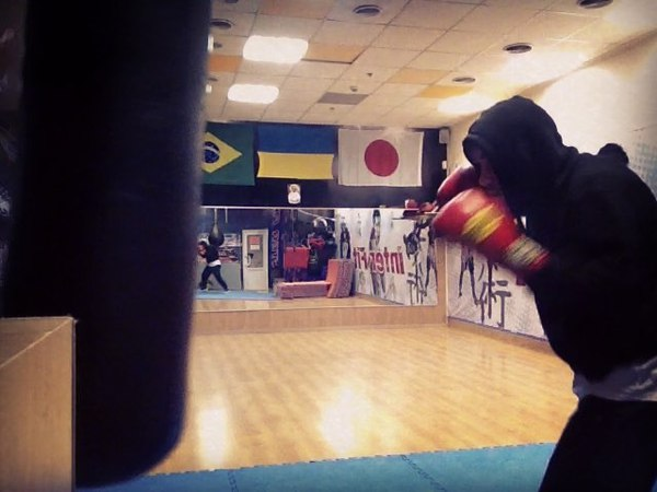 "Vlad Nikityuk on Instagram: ""правилабоя простокино ещеучусь boxing"""