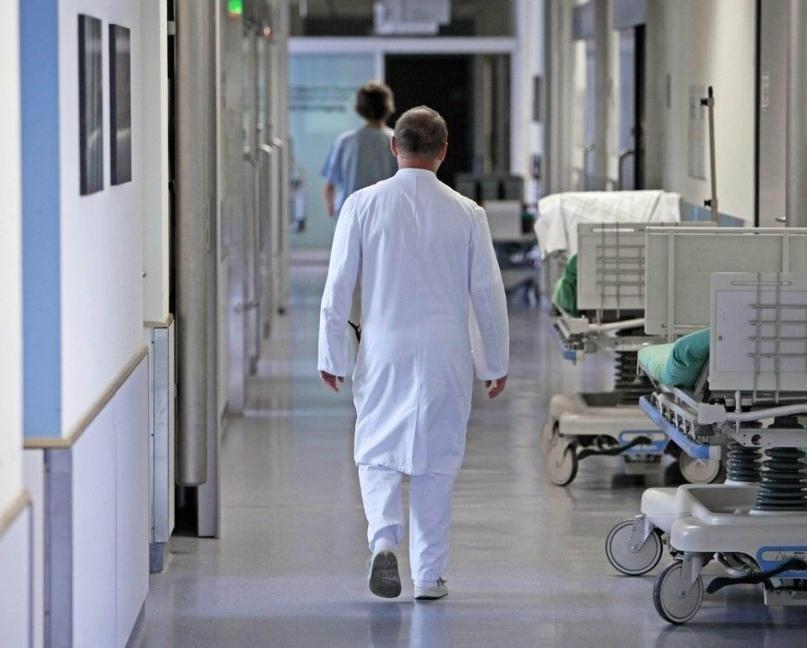 Уходит поколение старых врачей, старая гвардия, как мы её называем…