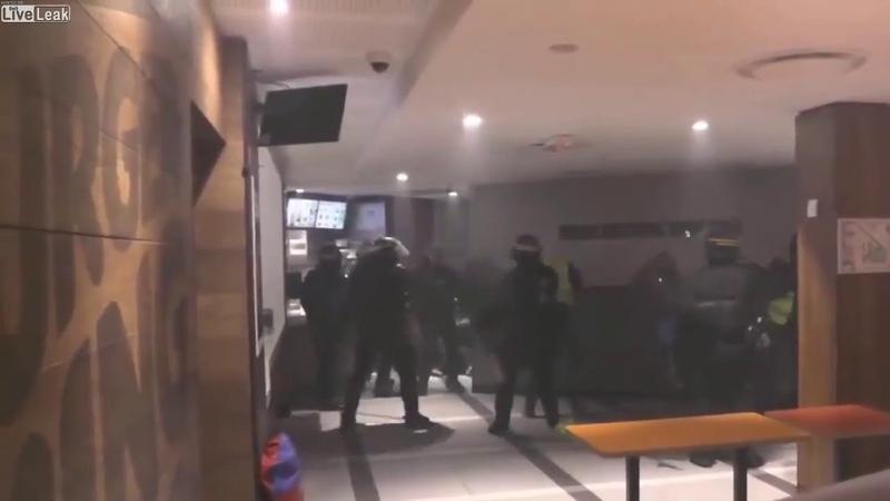 Ist eine Eskalation gewollt | Rätselhafte Polizeiaktion in Paris | gelbwesten