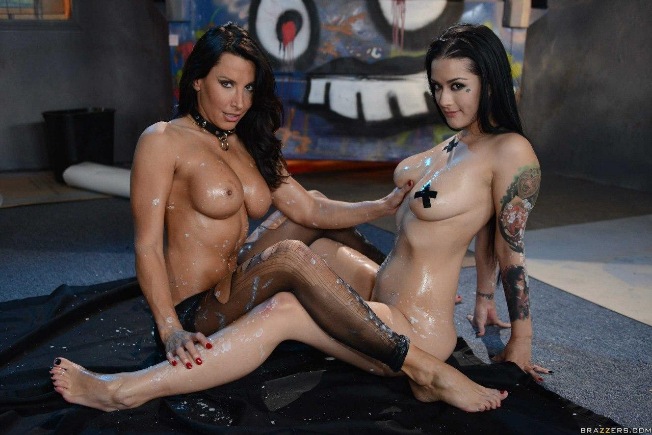 Смотреть самое жесткое порно онлайн brazzers 4 фотография