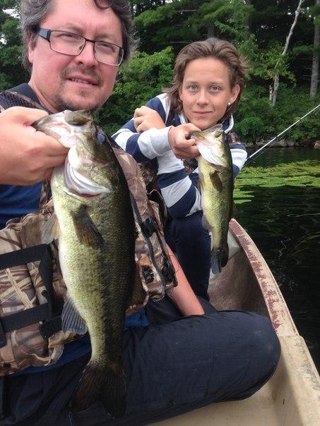 Рыбалка - с сыном на озере в штате Мэйн - США 2014