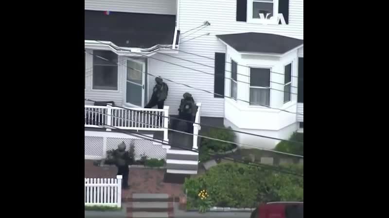 В городе Соммервилл штат Массачусетс арестован человек пытавшийся ограбить банк средь белого дня