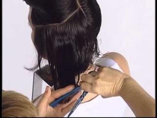 Красивая короткая женская стрижка. Beautiful women's short haircut