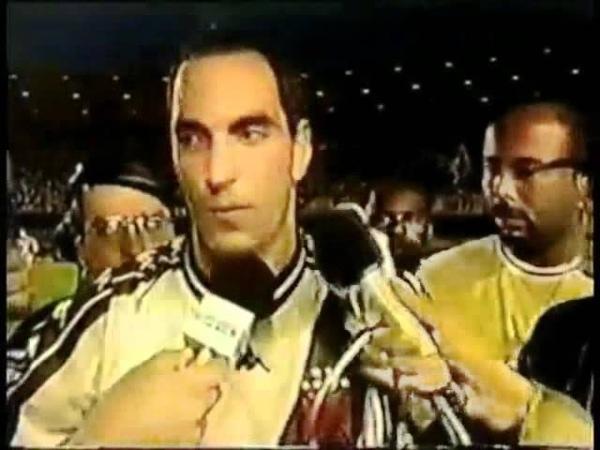 EDMUNDO - Muito pouco, nosso time é 10x melhor que essa merda(Flamengo).