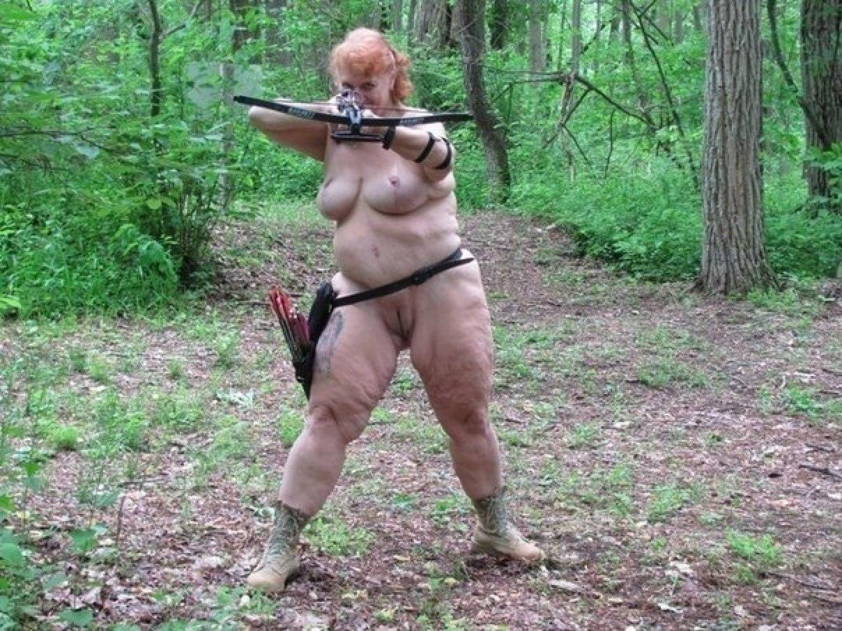 Трое волков поймали в лесу девку и дали в рот 6 фотография