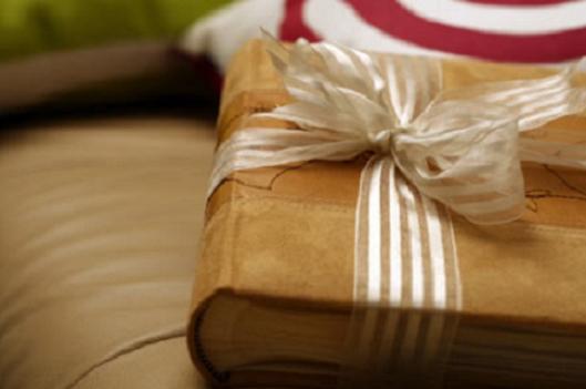 Книги, которые помогут создать праздничное новогоднее настроение!