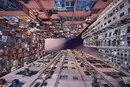 Фотограф несколько лет наблюдал за тем, как Гонконг растёт вверх…