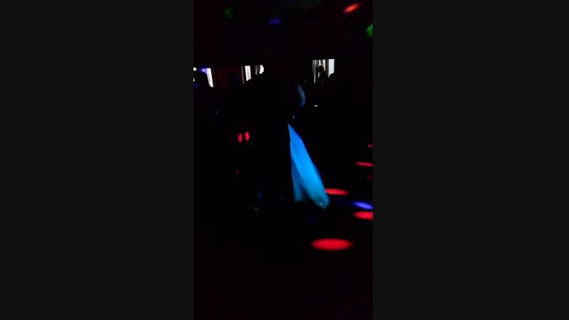 последний танец молодых Наташки и Сергея😘💒🎆💏💍