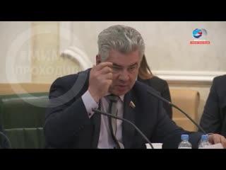Сенатор Виктор Бондарев