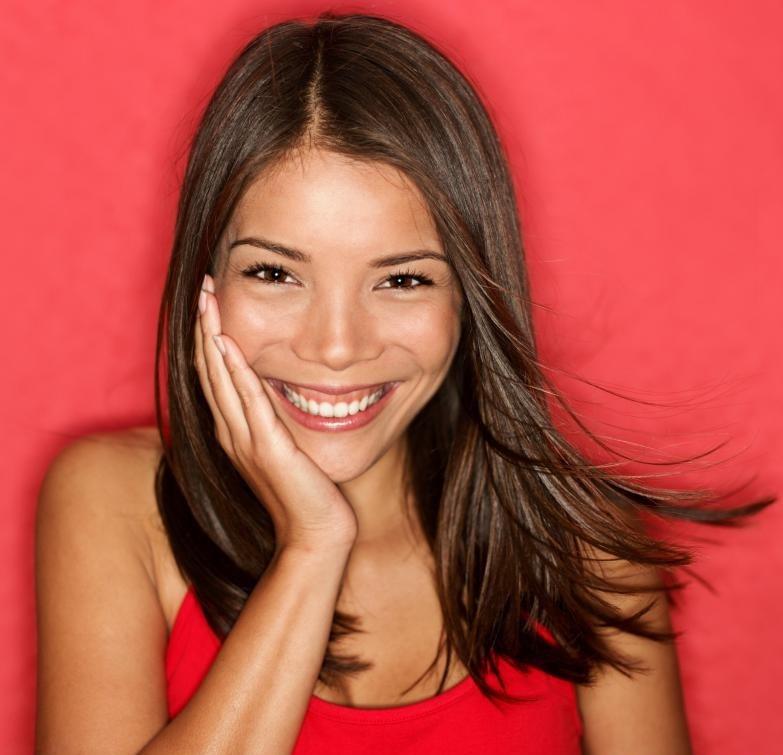 Модели могут использоваться в косметической рекламе.