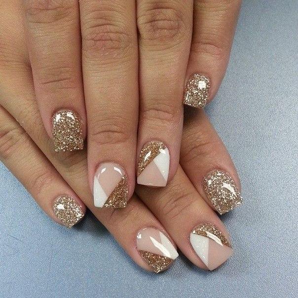 Дизайн коротких ногтей с золотом