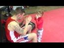 3 ех летнея боксёрша добавила в арсенал боковые удары