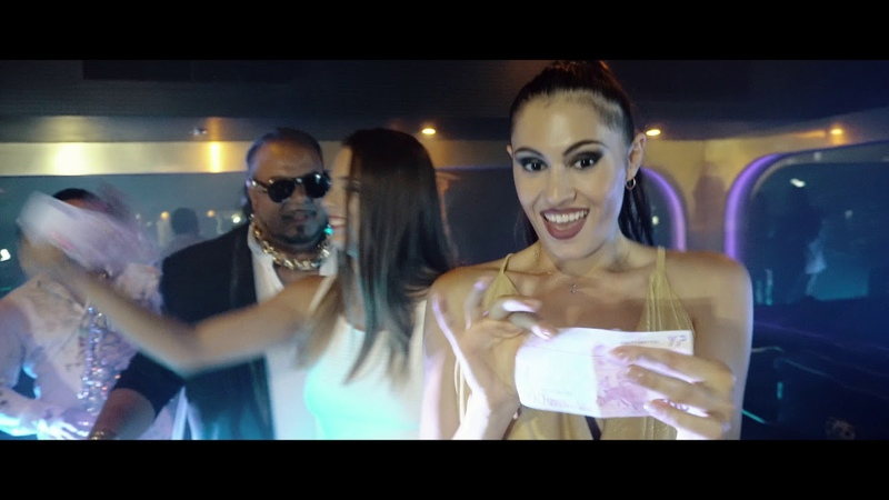 JULIA BIKOVA feat. FLORIN SALAM MUHARREM AHMETI - PARIS, ROMA, MILANO NUMBER 1 (Official Video 4K)