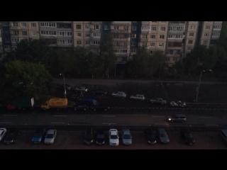 Пьяный неадекват прыгал на машинах в Приморском районе. (04.07.2018)