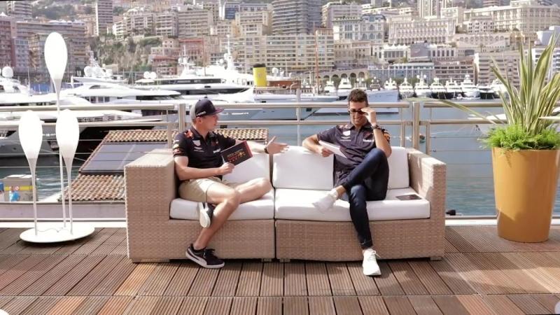 On The Sofa Monaco Special - Favourite Smell » Freewka.com - Смотреть онлайн в хорощем качестве