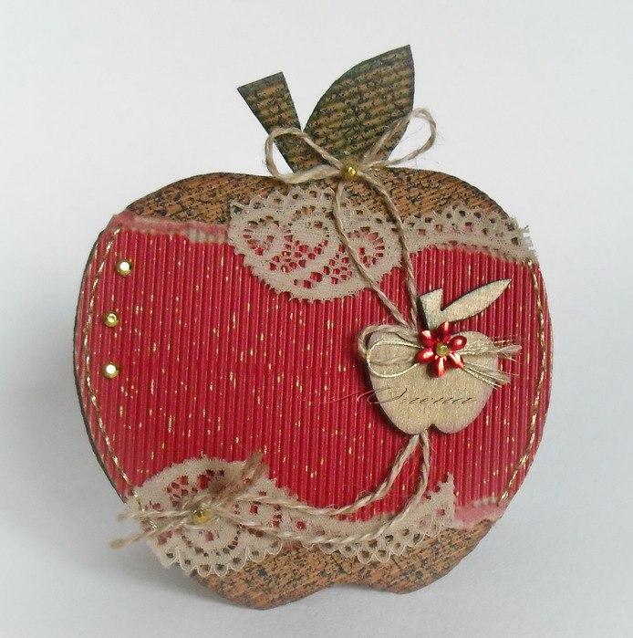 Скрапбукинг яблоко