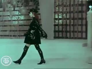 Показывает Майя Плисецкая (1969)