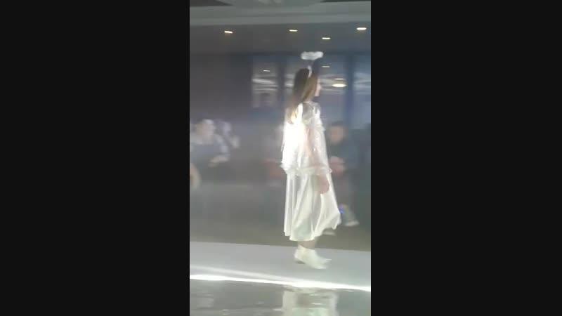 Модель @evdoshenko 8415 показ карнавальных костюмов Модная пятница carinamodelmanagemen