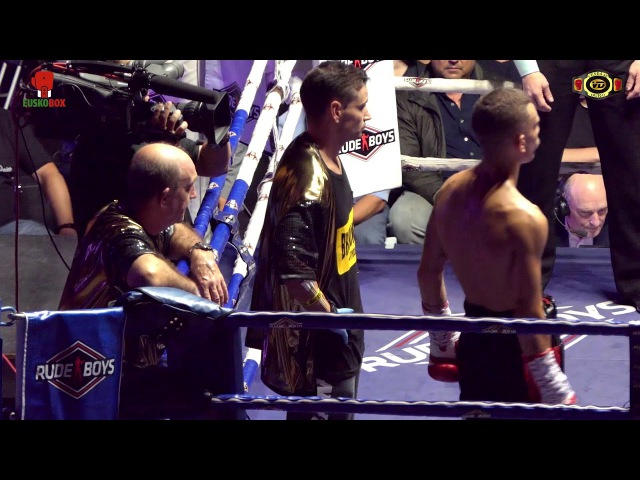 Titulo W B C Silver Superpluma Jon Fernandez vs Alexander Podoslky
