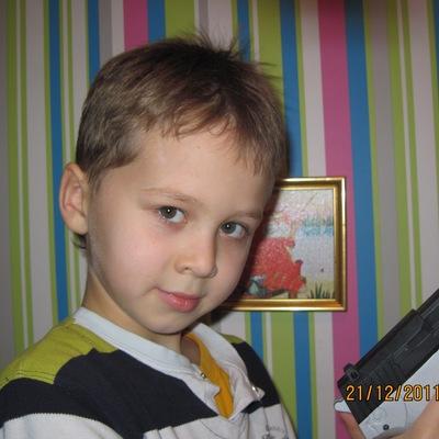 Кирилл Жихор, 29 октября 1996, Луганск, id190314821