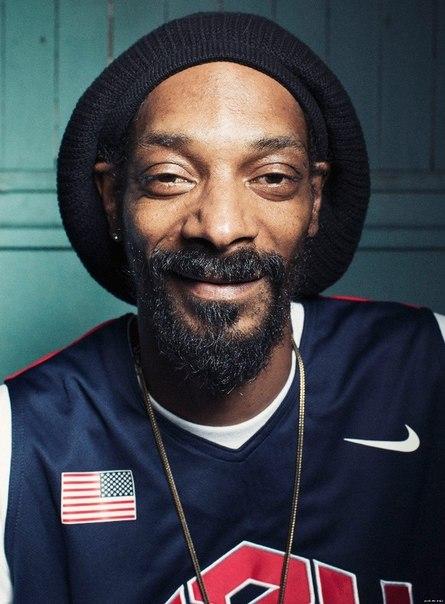 Когда государство начинает бороться с подростковой преступностью и наркоманией, оно забывает самое главное: бороться с этим невозможно, но можно сделать футбольные школы и высшее образование доступнее, чем крэк и уличные банды Snoop Dogg