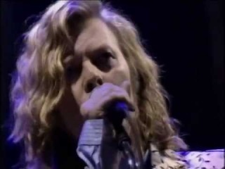 Glastonbury 2000: David Bowie - Wild is the Wind / China Girl / Stay / Life on Mars /