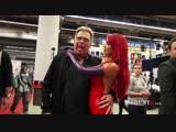 Сисястая косплеерша в обтягивающем латексном костюме позирует на публике #video #cosplay #latex #BigTits #redhead #ass