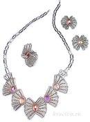 Серебристые бабочки - это не просто элегантное и изысканное колье, но и техника в которой можно сделать много...